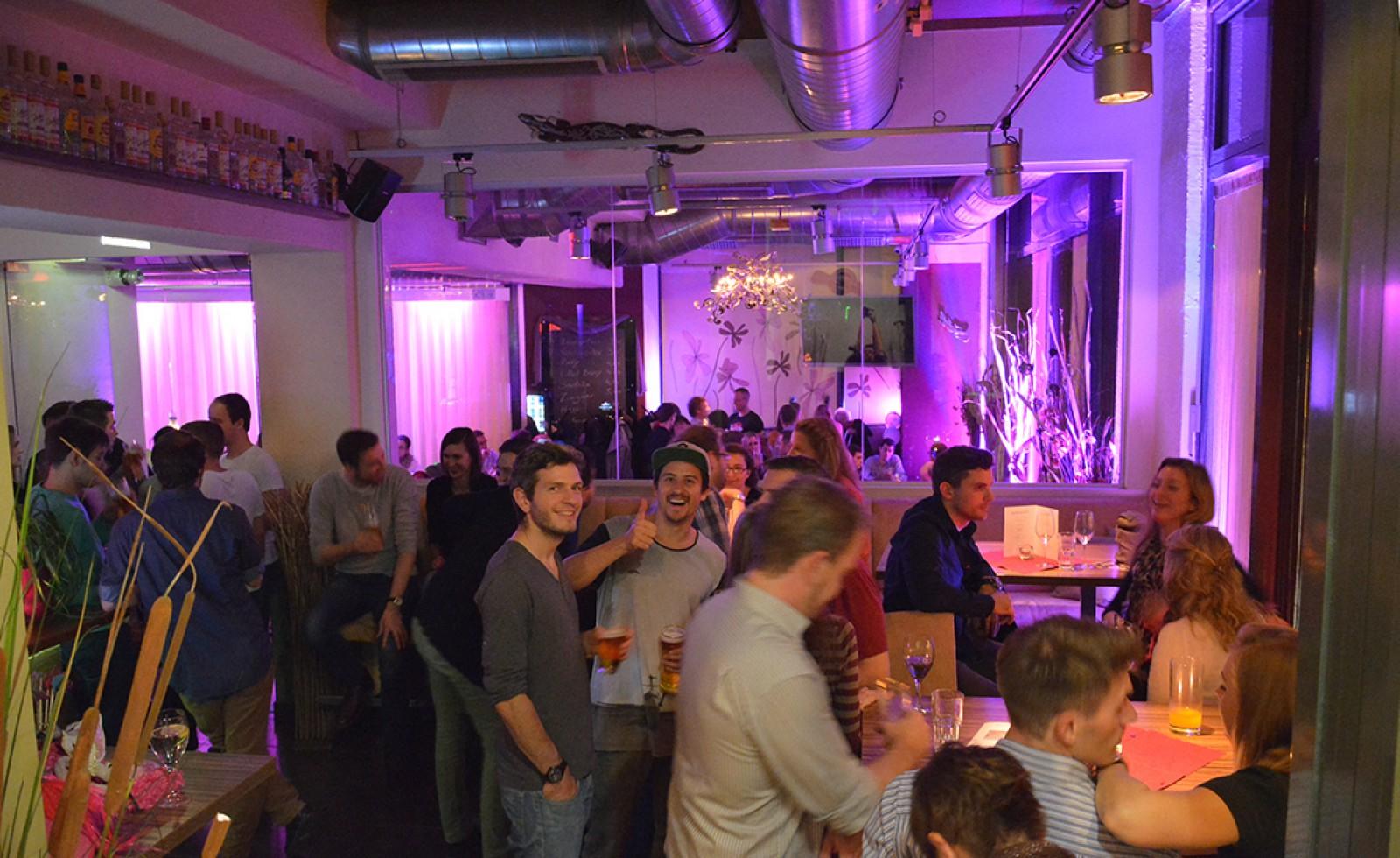 Ausklang Bar Cafe Restaurant  Wien